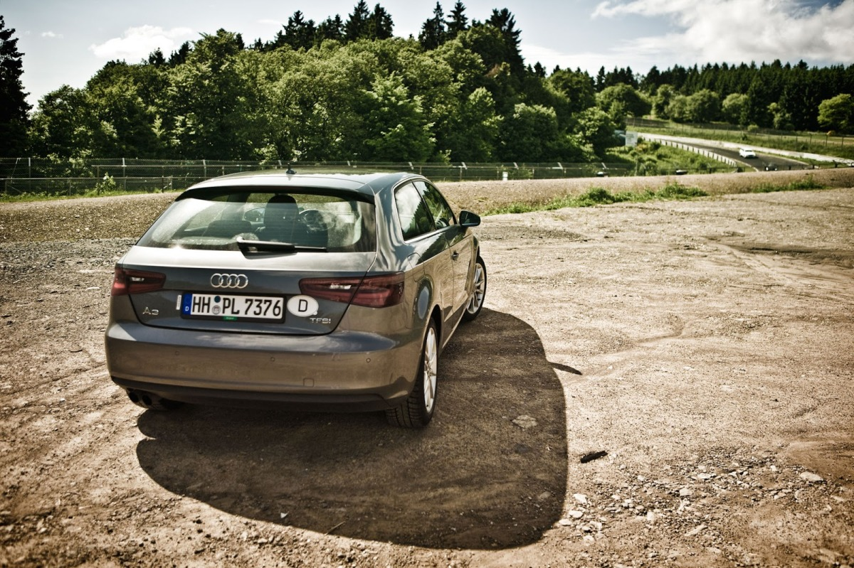 04_Audi_A3_Europcar_Düsseldorf_HoeherWeg_Nordschleife_Brünnchen