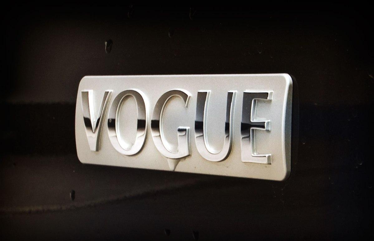 05_Range_Rover_Vogue_4.4V8_Hertz_Immermannstraße_Hafen_Duesseldorf