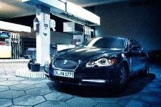 Jaguar_XF-S_Hertz_Düsseldorf-Berlin-Nachtschwarz-Tankstelle-4