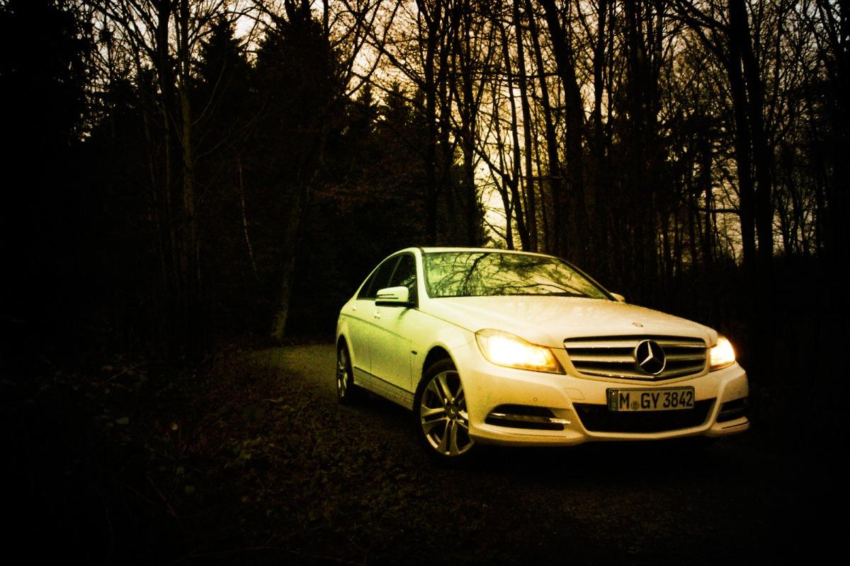 Mercedes-Benz_C220cdi_SIXT_Muensterland_SchlossLembeck_1
