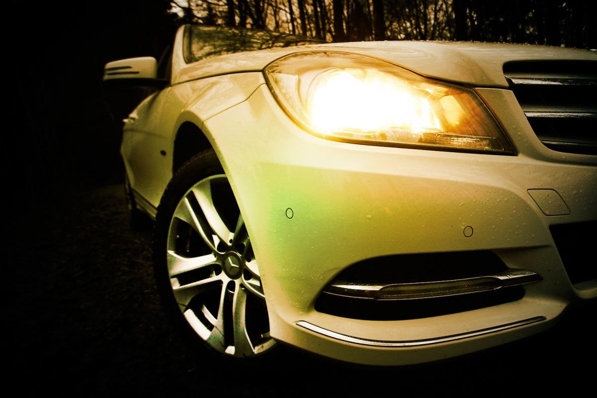 Mercedes-Benz_C220cdi_SIXT_Muensterland_SchlossLembeck_3