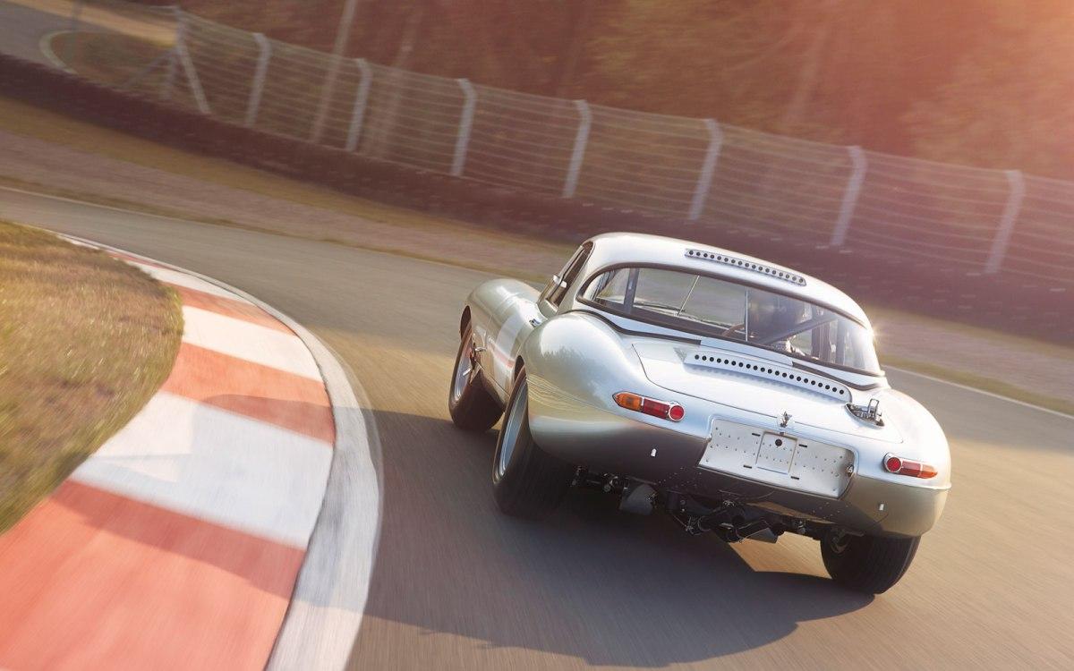 01_Jaguar_E-Type_Lightweight_1of18_Autotraum_insNetzgegangen