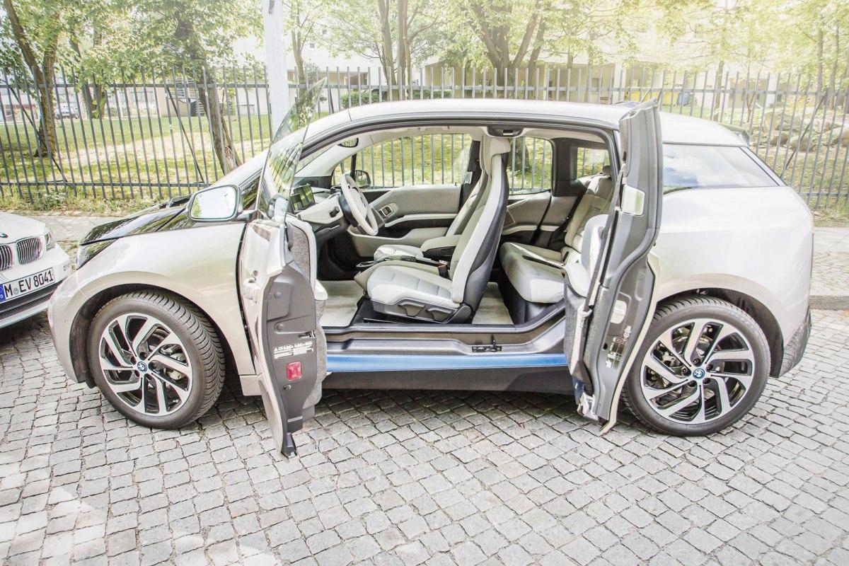 05_Spannungsgeladene_Emission_BMW_i3_ActiveE_Sixt_DriveNow