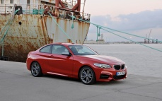 14_BMW_DriftMob_ChrisHarris_DriftSchool_BMW_M235i