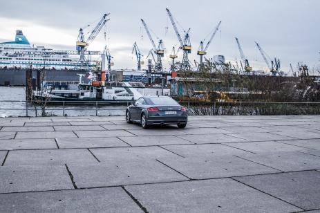 Audi TT Sixt Berlin Treptowers schwerunterwegs Hamburg Hafencity-10