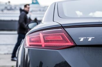 Audi TT Sixt Berlin Treptowers schwerunterwegs Hamburg Hafencity-11