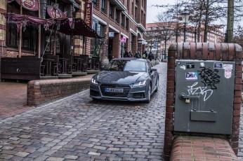 Audi TT Sixt Berlin Treptowers schwerunterwegs Hamburg Hafencity-16