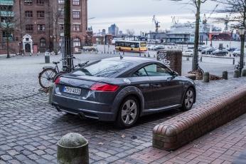 Audi TT Sixt Berlin Treptowers schwerunterwegs Hamburg Hafencity-17
