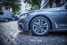 BMW 740d xDrive Sixt-26