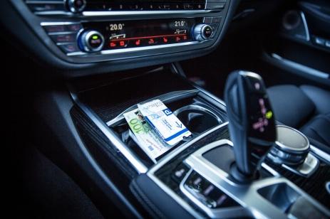 BMW 740d xDrive Sixt-31