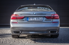 BMW 740d xDrive Sixt-38