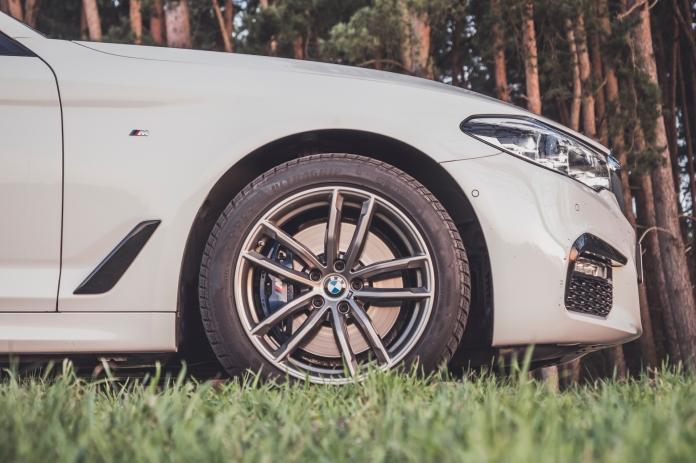 BMW 530i-11