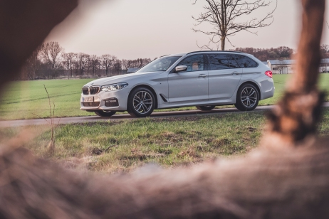 BMW 530i-2
