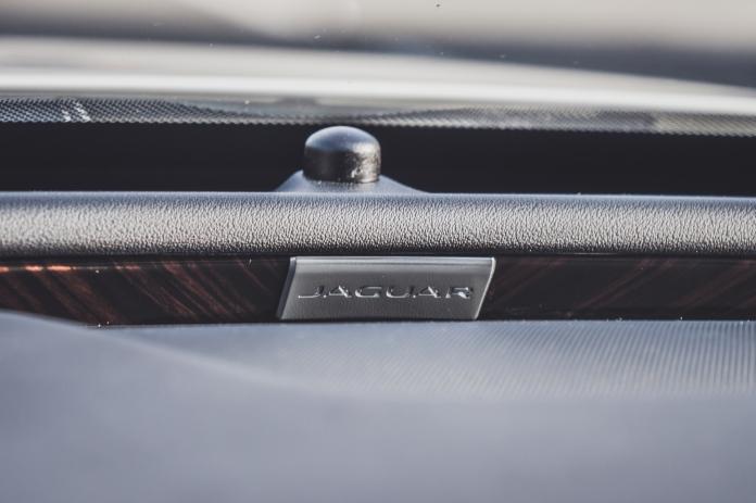 Jaguar XF Sportbrake-14