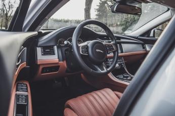 Jaguar XF Sportbrake-4